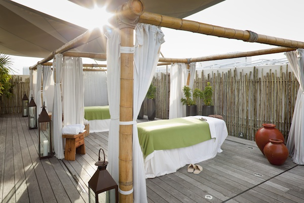 Wellness cabanas