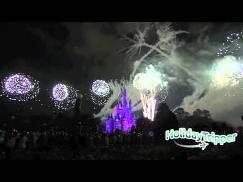 Holiday Fireworks at Disney [Video]