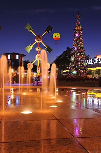 Christmas in Downtown Disney ©The Walt Disney Company