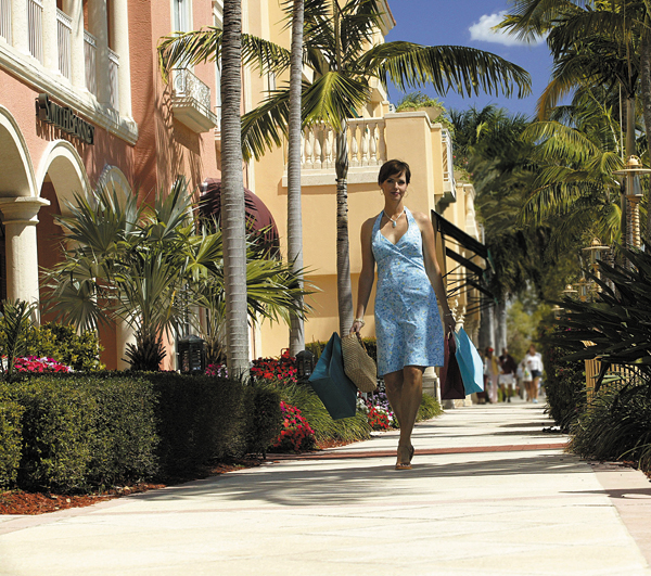 5th Ave. South Shopping © Naples Marco Island Everglades CVB