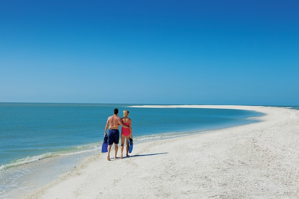 Beach Walk  © Naples Marco Island Everglades CVB