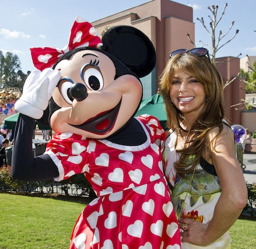 Paula with Minnie Mouse on Valentine's Day ©Gene Duncan