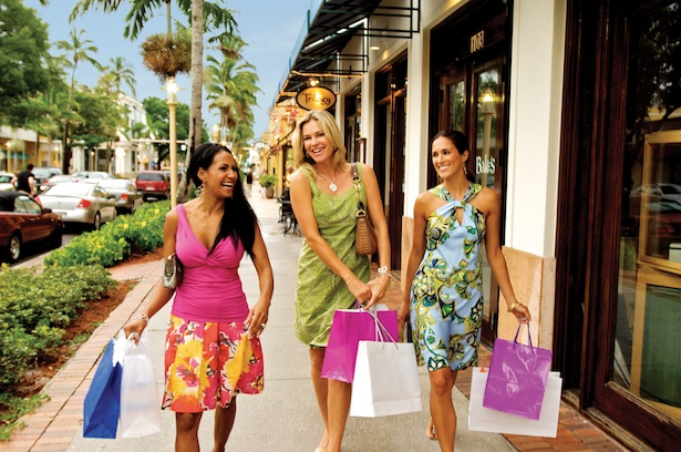 Fifth Avenue South Shopping © Naples Marco Island Everglades CVB