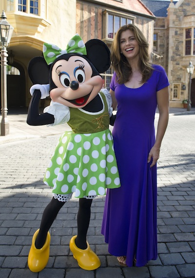 Kathy Ireland with Minnie Mouse © The Walt Disney Company