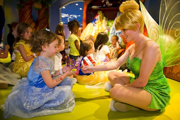 Tinker Bell Visits Pixie Hollow at the Oceaneer Club (credit: The Walt Disney Company)