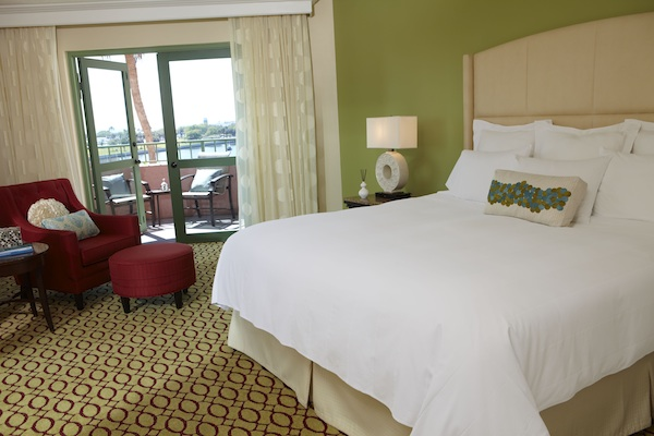 Vinoy Guest room (credit: The Vinoy)