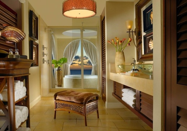 Luxurious Suite Bathroom @ Cheeca Lodge Spa