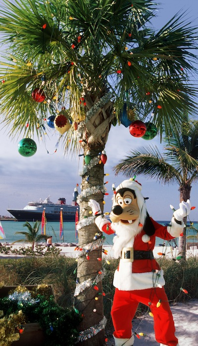 Castaway Cay Christmas with Goofy (credit: The Walt Disney Company)