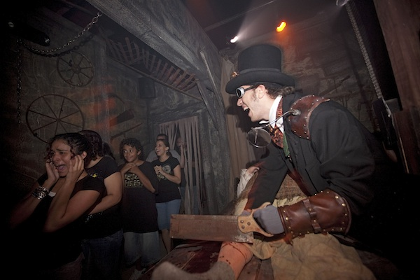 Halloween Horror Nights (credit: Universal Studios)