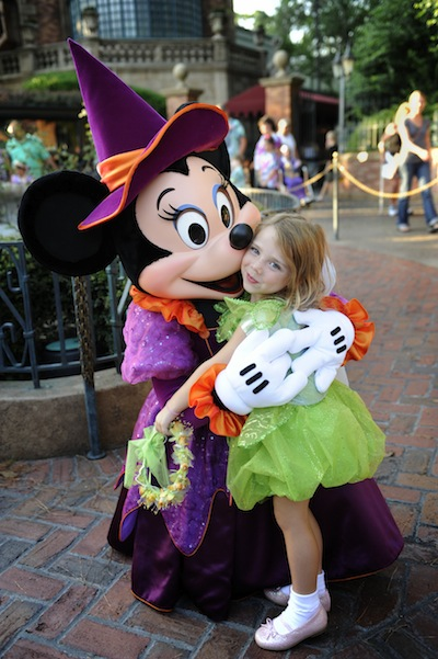 Minnie and Halloween Trick or treaters (credit: The Walt Disney Company)