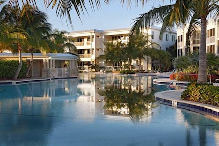 The pool (credit: KeysCaribbean Luxury Resort)