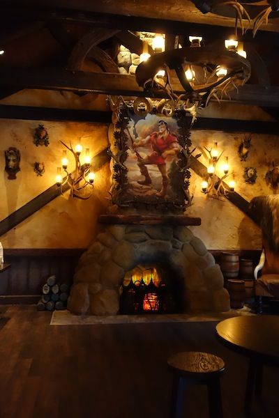 Inside Gaston's Tavern (credit: HolidayTripper.com)