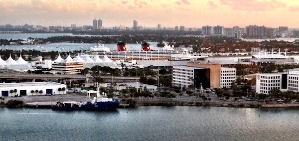 Disney_Wonder_Miami (credit: The Walt Disney Company)